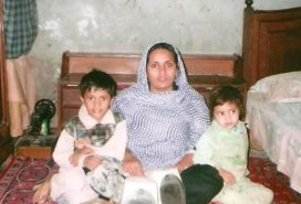 Asia Bibi with children
